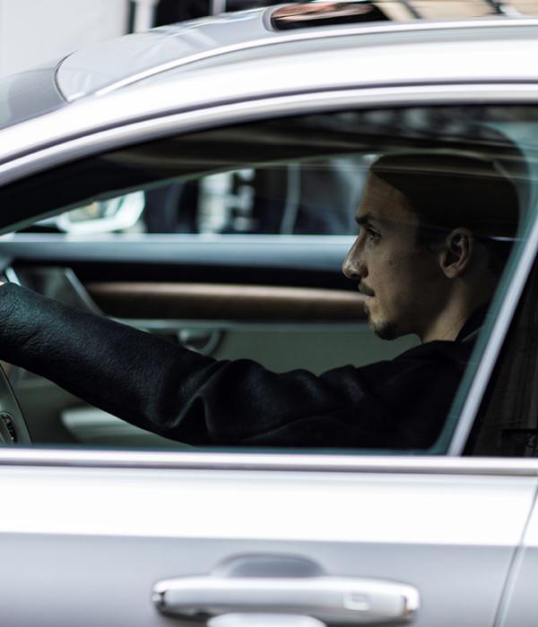 Volvo Cars lanserar V90-kampanj tillsammans med Zlatan Ibrahimovic